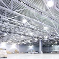 ภาพติดตั้งโคมไฮเบย์ LED 200W (วอร์มไวท์) IWACHI